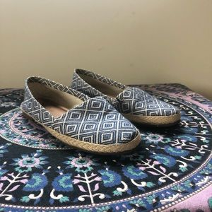 Aztec/Tribal Printed Flats